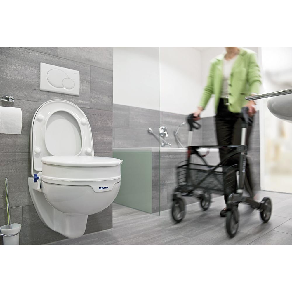 Invacare Aquatec 90 Toilettensitzerhöhung auf WC